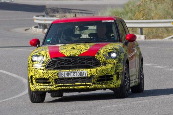 2017-MINI-Countryman-F60-SUV-Erlkoenig-Phocarmedia-01-750x500.jpg